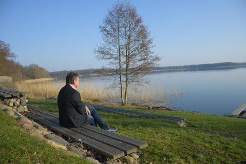 Mario Lehmann tankt Kraft in ruhigen Momenten am Torgelower See.