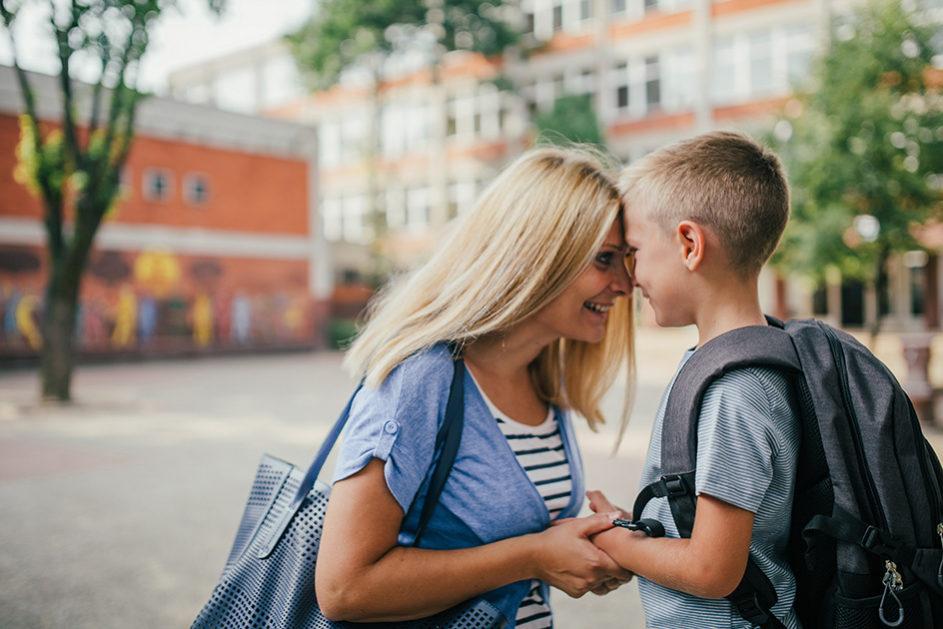 Aller Anfang ist schwer: Das gilt nicht für die Kinder, die mit der Herausforderung Schule zurechtkommen müssen, sondern auch für die Eltern.