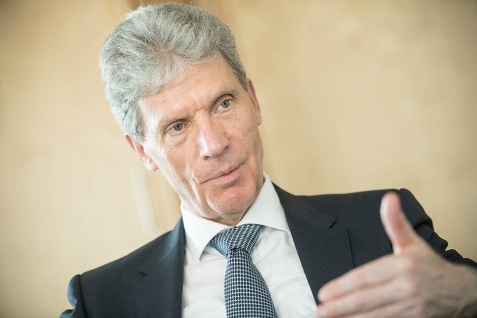 Helmut Holter (Die Linke) will als Präsident der Kultusministerkonferenz die Demokratiebildung an Schulen stärken.