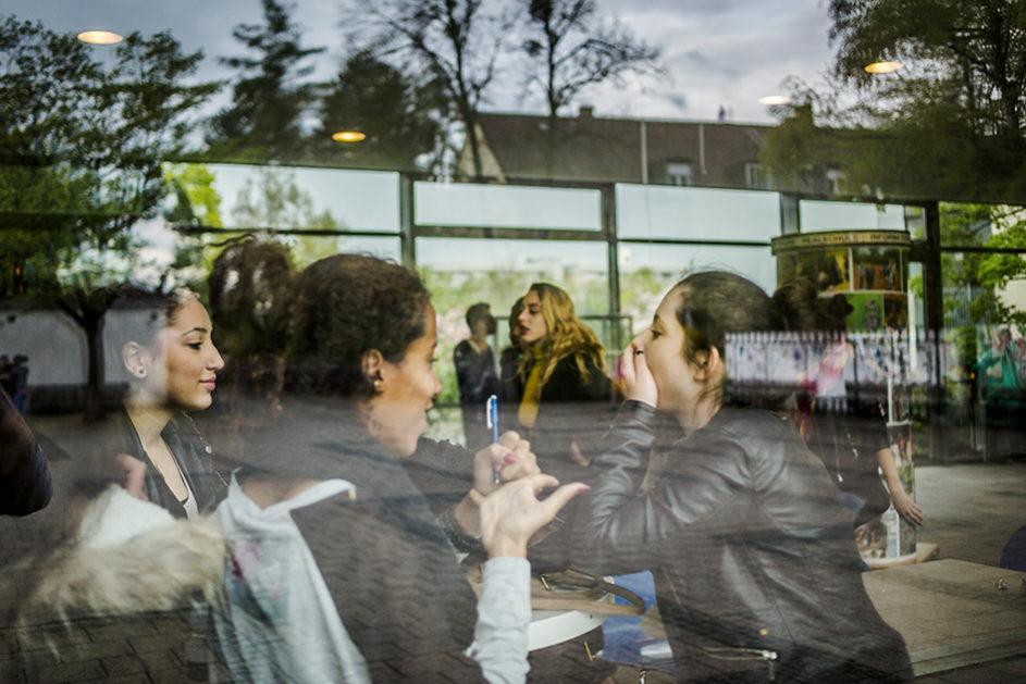 """Die Anne-Frank-Realschule in München, Preisträger des Deutschen Schulpreises, ist nach dem transparenten und offenen """"Lern- und Teamhaus""""-Prinzip organisiert."""