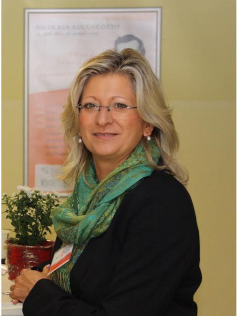 Elke Grammerstorf ist Schulleiterin der Grundschule Kaulsdorf. Sie ist vom Konzept der Leistungsbewertung durch Noten überzeugt.