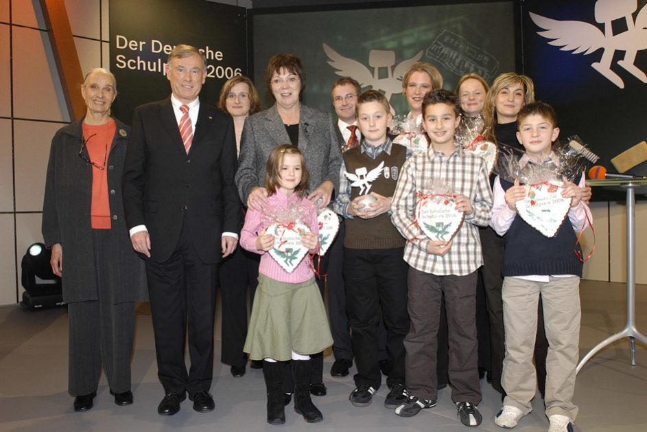 Die strahlenden Gewinner des ersten Deutschen Schulpreises 2006.