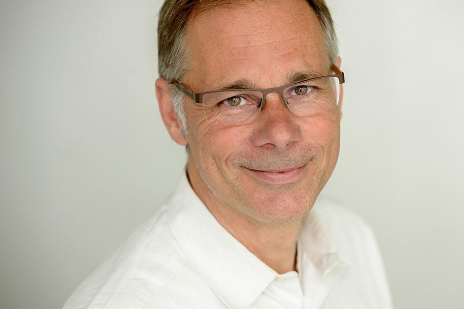 """Markus Franz ist Autor des Buchs """"Lehrer, ihr müsst schreiben lernen!"""""""