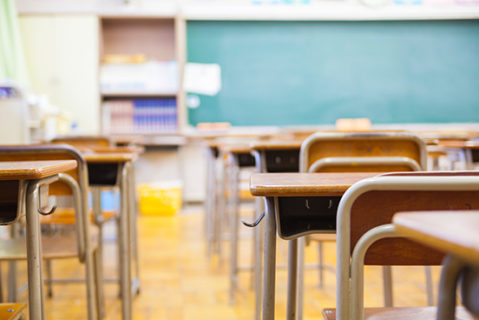 Grundschullehrerinnen und -lehrer werden in allen Bundesländern verzweifelt gesucht.