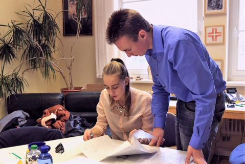Das Schüler-Schulleitungsteam hat mit der Tagesplanung alle Hände voll zu tun.