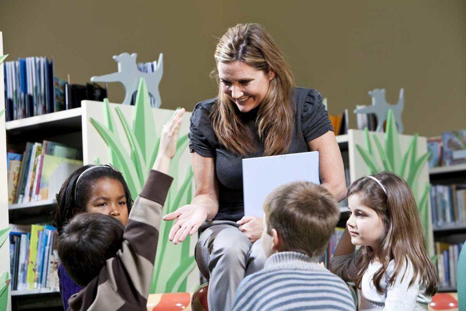 Der Unterricht an der Grundschule erfordert eine völlig andere Didaktik als am Gymnasium.