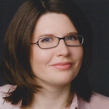 Fenja Mens betreut als Redakteurin beim Deutschen Schulportal die Konzepte der Preisträgerschulen und freut sich dabei immer wieder über den Mut und das Engagement der Akteure.