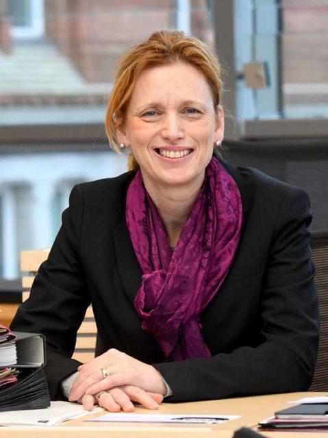 Portrait von Karin Prien