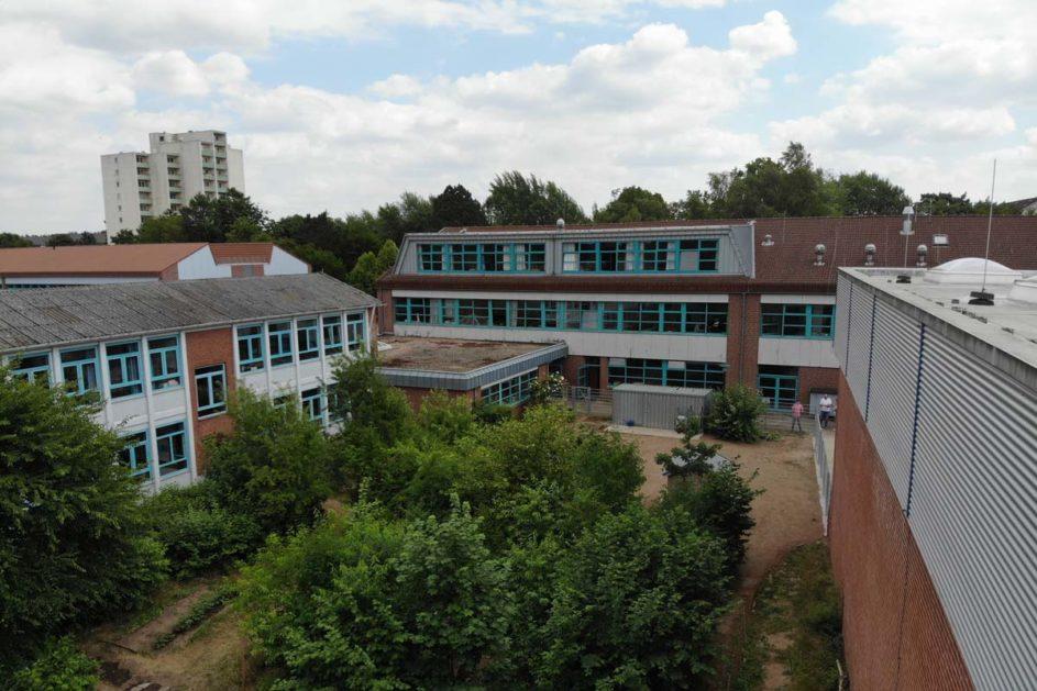 Die Richard-Hallmann-Schule in Schleswig-Holstein hat mit Unterstützung anderer Schulen aus der Region den Unterrichtsalltag reformiert.