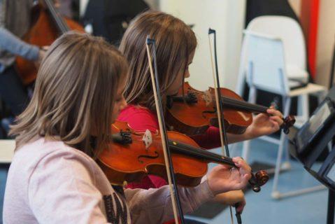 Mädchen mit Geige