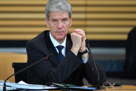 Portrait von Thüringens Minister für Bildung, Jugend und Sport, Helmut Holter