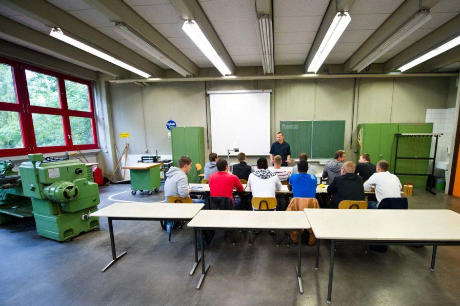 Berufsschüler im Unterricht