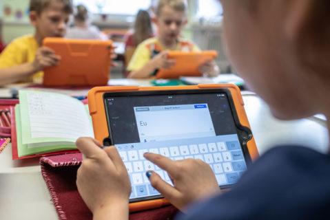 Digitaler Unterricht an einer Grundschule