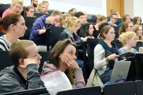 Lehramtsstudenten im Hörsaal