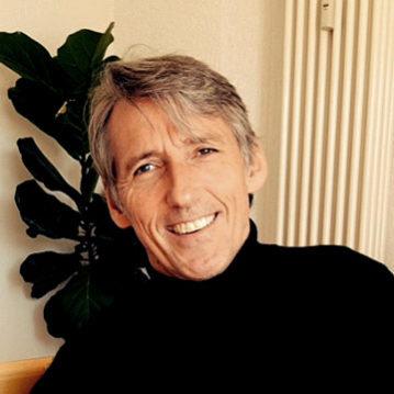Portrait von Helmut Hochschild