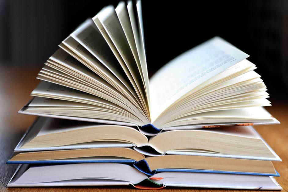 Ein Buch ist ein schönes Geschenk zu Weihnachten - besonders für Lehrkräfte!