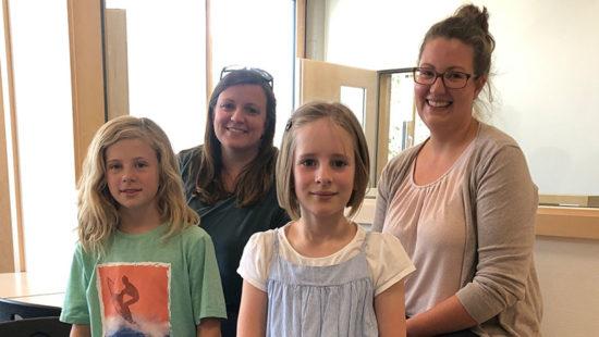 Zwei Kinder und zwei Lehrkräfte von der Gemeinschaftsschule Neubulach blicken zurück auf die Corona-Zeit