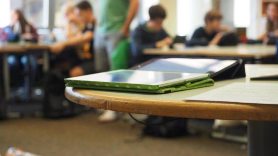 Tablet im Klassenzimmer